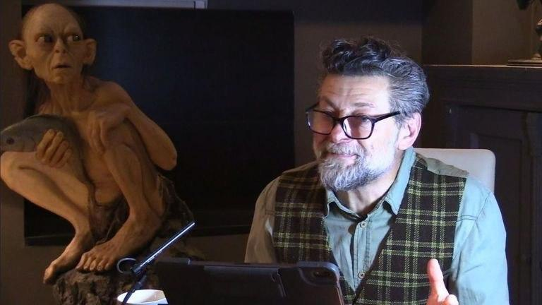andy serkis gollum reading the hobbit book