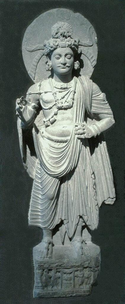بوداسف ایستاده در موزه گیمه